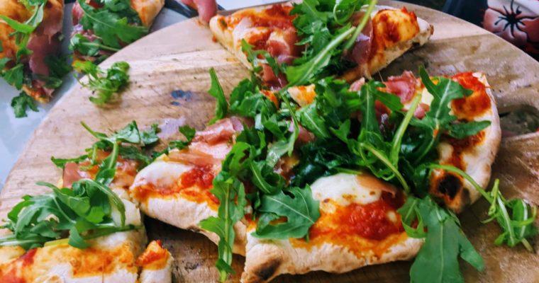 持ち運びのできるピザ窯、ウーニ Uuni3で作るピザ